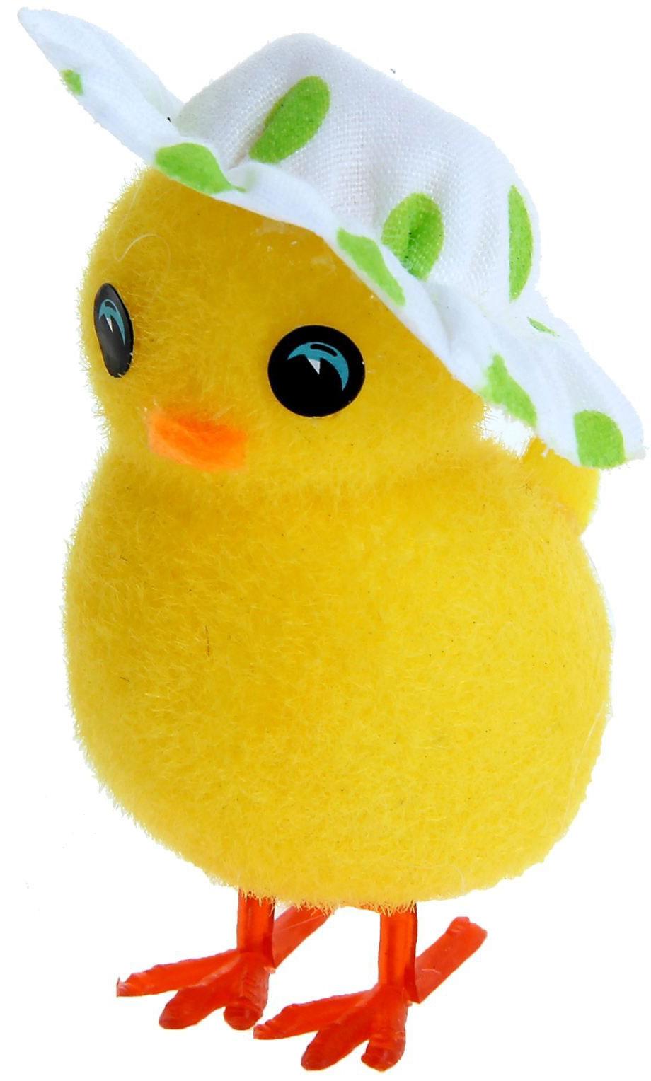Сувенир пасхальный Sima-land Цыпа в шляпке, 4,3 х 2,8 х 6,8 см918703Дарить подарки на Пасху – это такая же традиция, как красить яйца и выпекать куличи. Презенты вдвойне приятнее, если они несут в себе сакральный смысл и имеют какое-то значение.Сувенир Цыплёнок в шляпке, цвета МИКС - это символ возрождения и непрерывности жизни. С его помощью вы сможете украсить жилище, преподнести его близкому человеку или использовать при сервировке стола всю пасхальную неделю. Кроме того, пасхальные цыплята нравятся маленьким деткам.