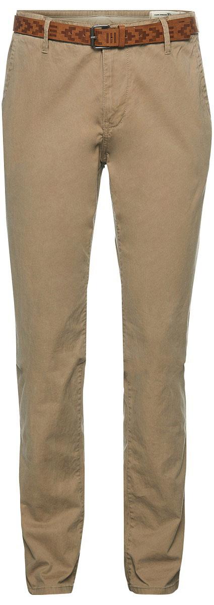 Брюки мужские Tom Tailor, цвет: темно-бежевый. 6405091.99.12_8611. Размер S (46)6405091.99.12_8611Модные мужские брюки Tom Tailor выполнены из высококачественного хлопка с добавлением эластана. Брюки застегиваются на пуговицу в поясе и ширинку на молнии. Имеются шлевки для ремня. Спереди расположены два боковых прорезных кармана . В комплект входит ремень.