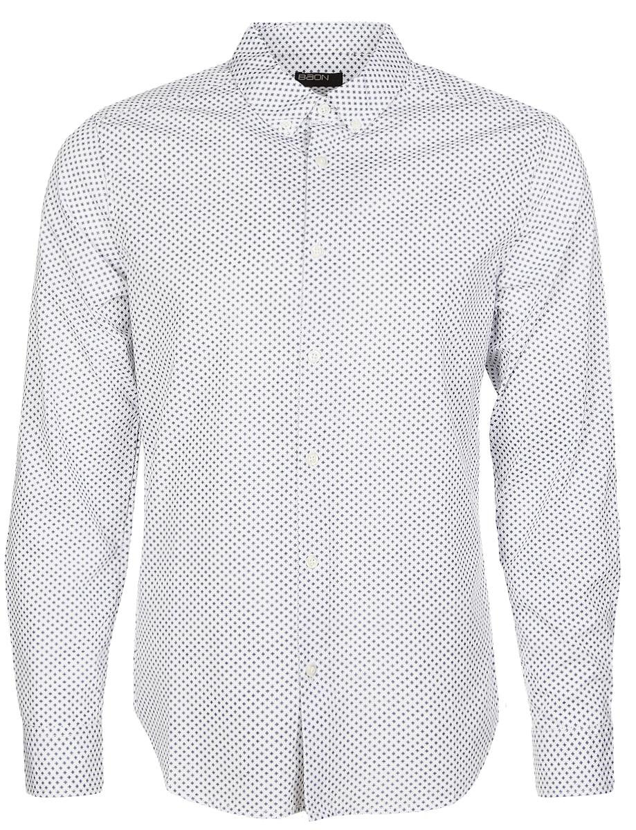Рубашка мужская Baon, цвет: белый, темно-синий. B667020_White Printed. Размер M (48)B667020_White PrintedСтильная мужская рубашка Baon, выполненная из натурального хлопка, позволяет коже дышать, тем самым обеспечивая наибольший комфорт при носке. Модель классического кроя с отложным воротником, полукруглым низом и длинными рукавами застегивается на пуговицы по всей длине. Манжеты рукавов также застегиваются на пуговицы. Изделие оформлено оригинальным принтом.