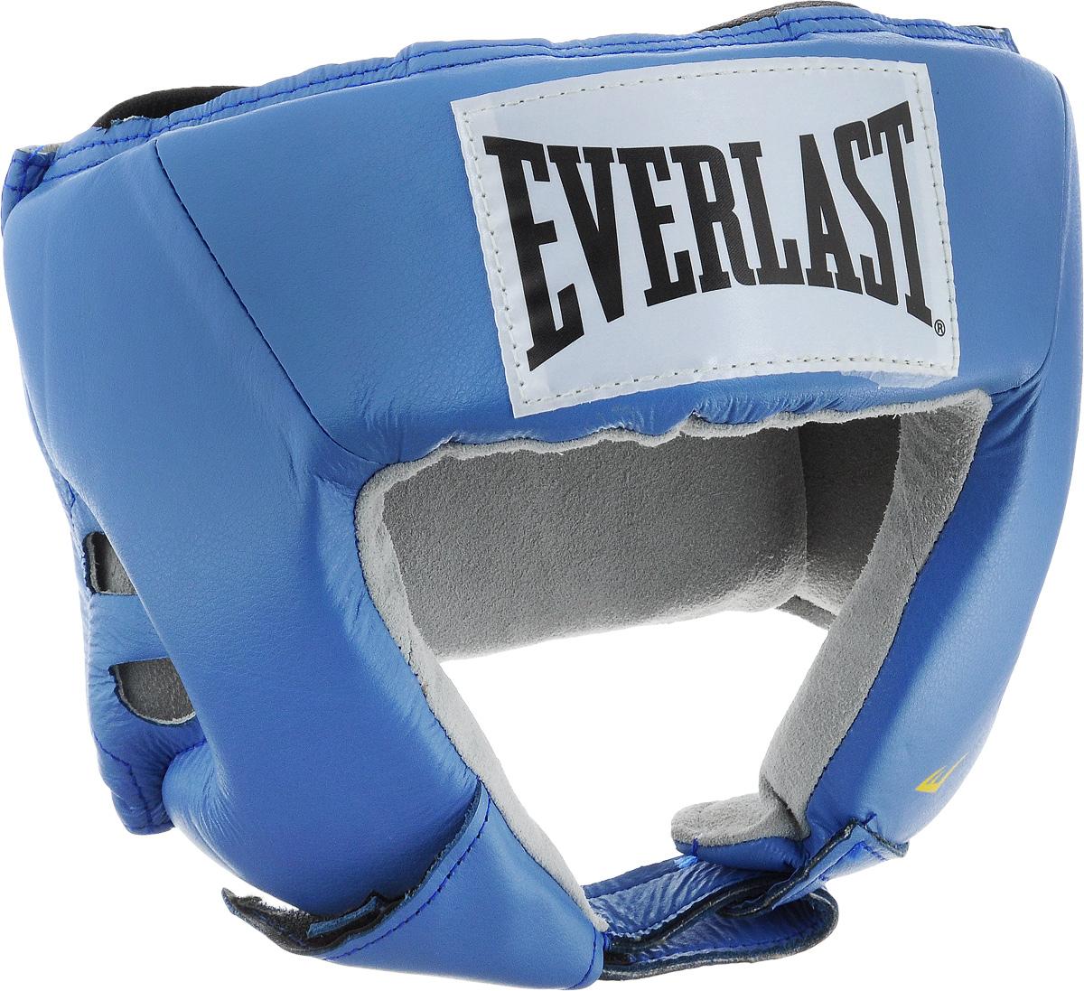 Шлем боксерский Everlast USA Boxing, цвет: синий, белый, черный. Размер M610206UEverlast USA Boxing - боксерский шлем, разработанный для выступления на любительских соревнованиях и одобренный ассоциацией USA Boxing. Плотный четырехслойный пенный наполнитель превосходно амортизирует удары и значительно снижает риск травмы. Качественная натуральная кожа (снаружи) и не менее качественная замша (внутри) обеспечивают значительный запас прочности и отличную износоустойчивость. Подгонка под необходимый размер и фиксация на голове происходят за счет затягивающихся шнурков.Если вы еще ищите шлем для предстоящих соревнований, то Everlast USA Boxing - это ваш выбор!Диаметр головы: 16 см.