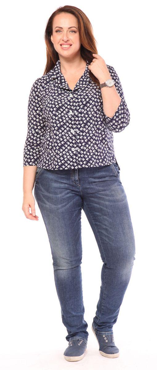 Блузка Milanika, цвет: синий. 21711. Размер 5621711Блузка от Milanika с коротким рукавом, выполнена из полиэстера с добавлением спандекса и оформлена принтом. Модель с отложным воротником застегивается спереди на пуговицы.