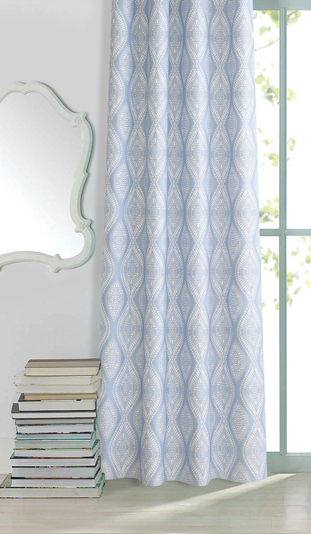 """Изящная штора для гостиной """"Garden"""" выполнена из плотной ткани. Приятная текстура и цвет привлекут к себе внимание и органично впишутся в интерьер помещения. Штора крепится на карниз при помощи ленты, которая поможет красиво и равномерно задрапировать верх."""