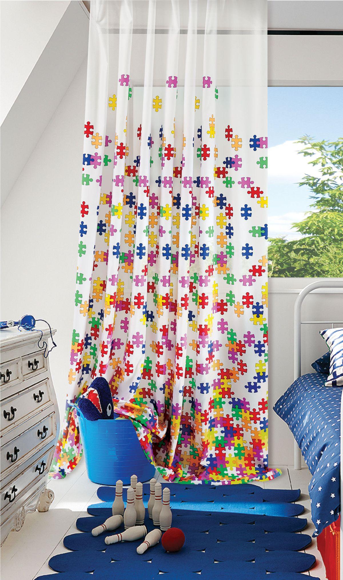 Изящная штора для детской комнаты Garden выполнена из легкой ткани с оригинальной структурой. Приятная текстура и цвет штор привлекут к себе внимание и органично впишутся в интерьер помещения. Штора крепится на карниз при помощи ленты, которая поможет красиво и равномерно задрапировать верх.