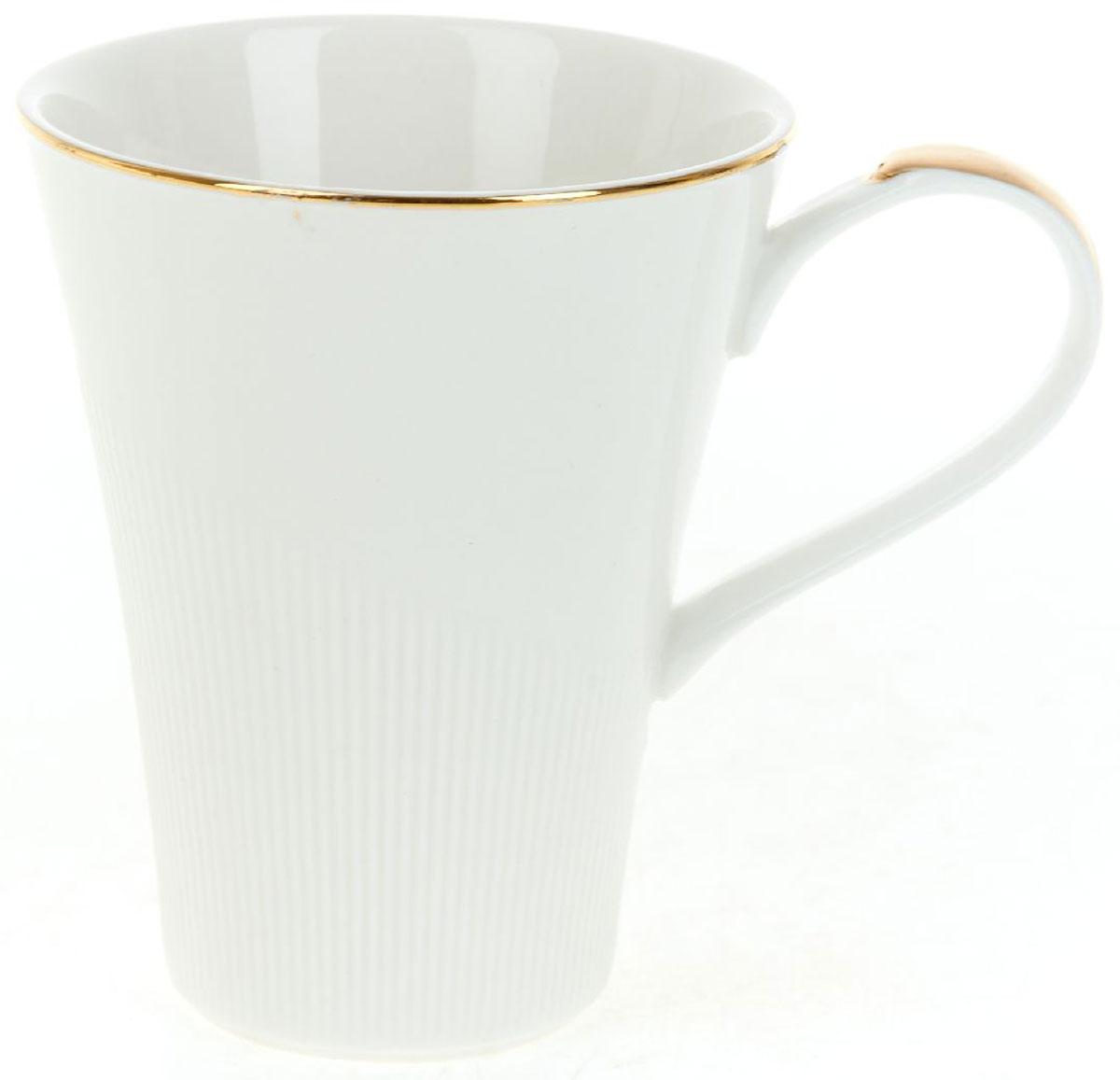 Кружка BHP Белый мрамор, 370 млM1480073Оригинальная кружка Best Home Porcelain, выполненная из высококачественного фарфора, сочетает в себе простой, утонченный дизайн с максимальной функциональностью. Оригинальность оформления придется по вкусу тем, кто ценит индивидуальность.Можно использовать в посудомоечной машине.