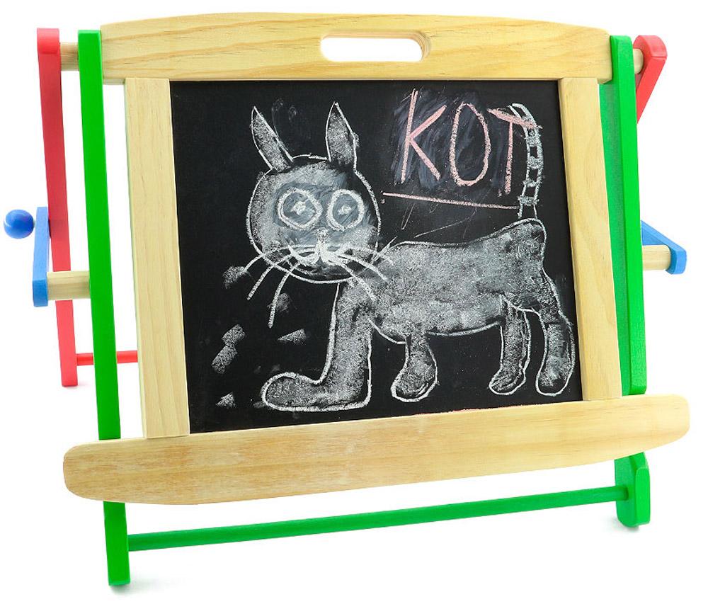 Доска для рисования Школьная доска, двусторонняя, настольнаяД140С миниатюрной школьной доской на подставке ваш ребенок может рисовать, учиться писать буквы и цифры, слова и математические примеры. Кроме самой доски в набор входят специальный маркер для рисования со стирающим элементом, которым очень удобно проводить линии, два мелка, губка, десять различных деревянных фигурок на магнитиках и два держателя. Занимаясь с ребенком, с помощью этой доски вы постепенно подготовите ребенка к школьным занятиям и спасете стены вашего жилья от росписи юным художником. Доска легко складывается и становится плоской, не занимая много места при хранении между занятиями. Характеристики: Материал: дерево, пластик, магнит, поролон. Размер доски: 47 см x 38 см x 9 см. Средний размер фигурки: 3,7 см x 3,7 см x 0,8 см. Размер упаковки: 49,5 см x 40 см x 8 см.Доска, 10 магнитиков, 2 мелка, 2 крепления, маркер, губка.