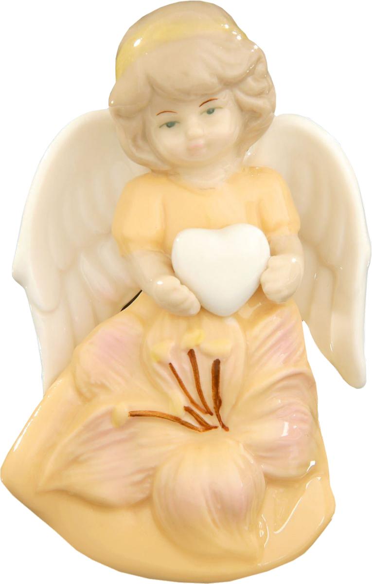 Сувенир пасхальный Sima-land Ангел в платье с лилией, 8 х 6 х 3,5 см сувенир пасхальный sima land ангел с розочкой на платье 13 х 8 х 6 см