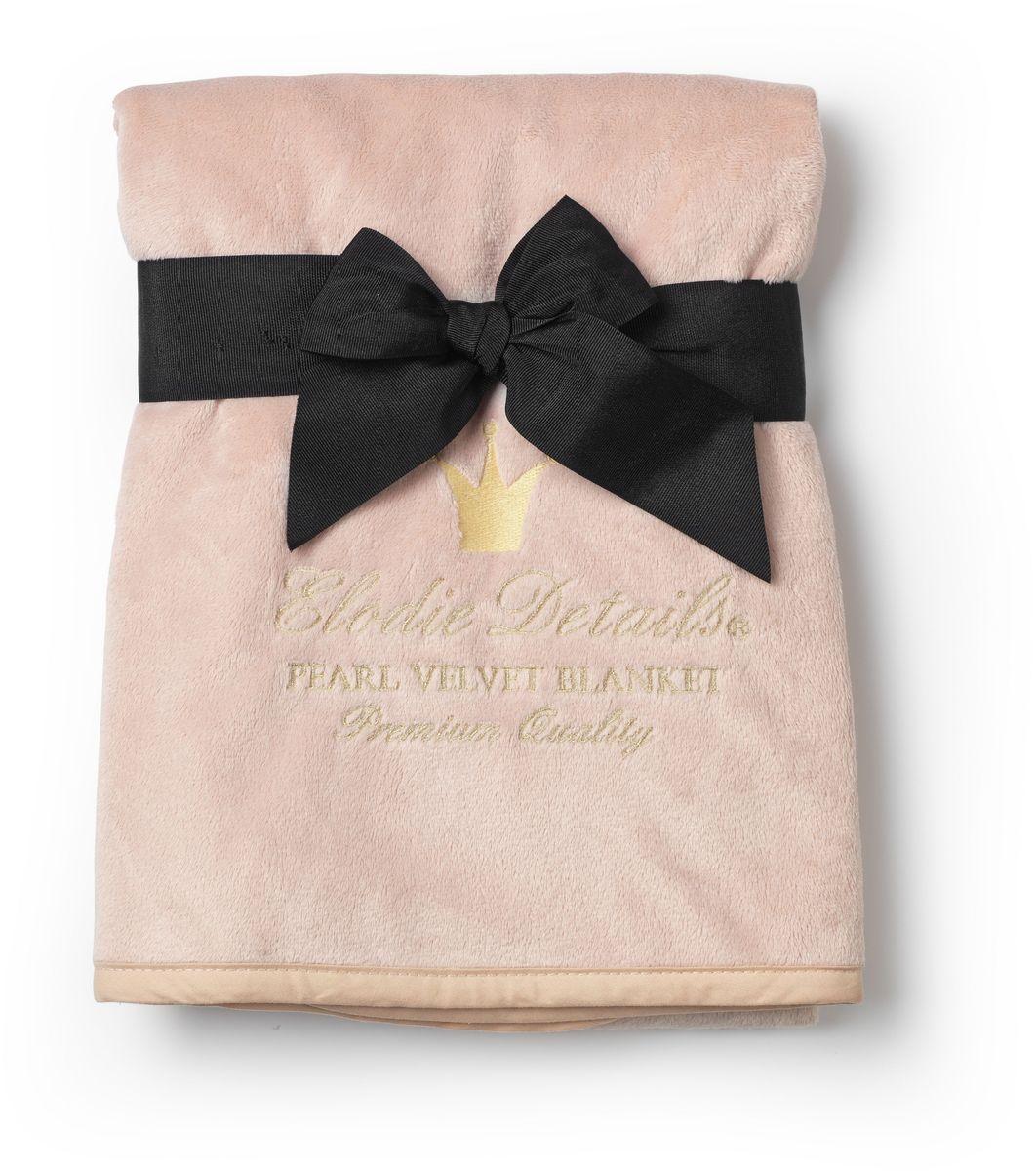 Elodie Details Плед детский Powder Pink 75 см х 100 см103684Плед детский Elodie Details Powder Pink - выполнен из бархатного флиса Pearl Velvet. Материал нового поколения пленяет своей нежностью и теплотой. Малыш с удовольствием закутается в него во время прогулки или будет обнимать, как любимого мишку во время сна. Pearl Velvet имеет влагоизоляционные особенности, необходимые для детских одеял. Плед можно брать с собой на прогулку, укрывать малыша в коляске или просто накинуть на плечи во время пикника. Высокое качество материала позволяет стирать плед в стиральной машине. Он не потеряет свою форму, мягкость и цвет. Модель выполнена в нежном пудровом оттенке и украшена золотистым логотипом бренда.Нагрудники, клипсы для пустышек, бутылочки, сумки для мам, одеяла - все это необходимые вещи повседневной жизни мамы и ребенка. Шведская компания Elodie detalis создает эти предметы уникальными и неповторимыми. Превосходное качество, стиль и практичность сделали компанию популярной во всем мире.