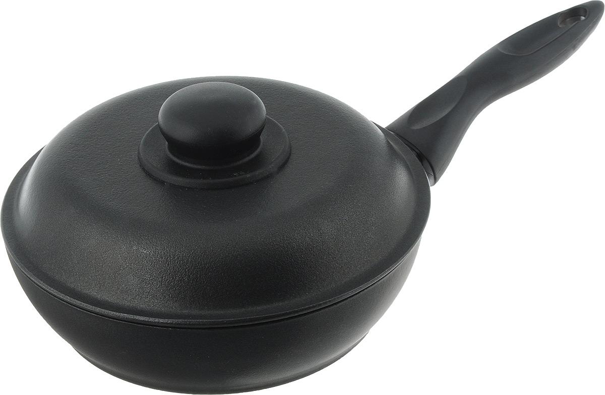 Сковорода Алита Алена с крышкой, с антипригарным покрытием. Диаметр 20 см10201Сковорода Алита Алена изготовлена из литого алюминия с двухсторонним антипригарным покрытием. Благодаря такому покрытию, пища не пригорает и не прилипает к стенкам, готовить можно с минимальным количеством масла и жиров. Гладкая поверхность обеспечивает легкость ухода за посудой.Сковорода оснащена удобной несъемной ручкой и крышкой с пластиковой ручкой.Подходит для использования на всех типах плит, кроме индукционных. При использовании сковороды необходимо использовать деревянные или пластиковые лопатки для сохранения антипригарной поверхности сковороды. Внутренний диаметр сковороды: 20 см.Высота стенки: 5 см.Длина ручки: 15,5 см.