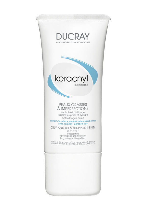Ducray Матирующая эмульсия Keracnyl 30 млC27194Жирная и проблемная кожа, склонная к акне Матирующая эмульсия Keracnyl (Керакнил) надолго устраняет жирный блеск, сужает поры и увлажняет кожу.Основные компоненты: • комбинация абсорбирующего порошка и экстракта пальмы Сабаль уменьшает выработку кожного сала и оказывает мгновенный матирующий эффект • комплекс гликолевой и салициловой кислоты оказывают деликатный пилинг кожи и очищает поры. • токоферола ацетат защищает кожу от воздействия свободных радикалов и борется с первыми признаками старения.Ваша кожаостается матовой на протяжении дня. Идеально подходит под макияж.