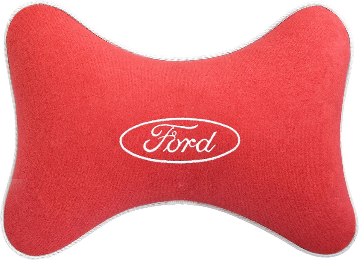Подушка на подголовник Auto Premium Ford , цвет: красный. 3746437464Подушка на подголовник - это прежде всего лучший способ создать комфорт для шеи и головы во время пребывания в автомобильном кресле. Большинство штатных подголовников устроены так, что до них попросту не дотянуться. Данный аксессуар полностью решает эту проблему, создавая мягкую ортопедическою поддержку. Подушка крепится к сиденью, а это значит один раз поставил - и забыл.Меньше утомляемость - а следовательно выше внимание и концентрация на дороге.Одинакова удобна для пассажира и водителя.Подушка выполнена из велюра.
