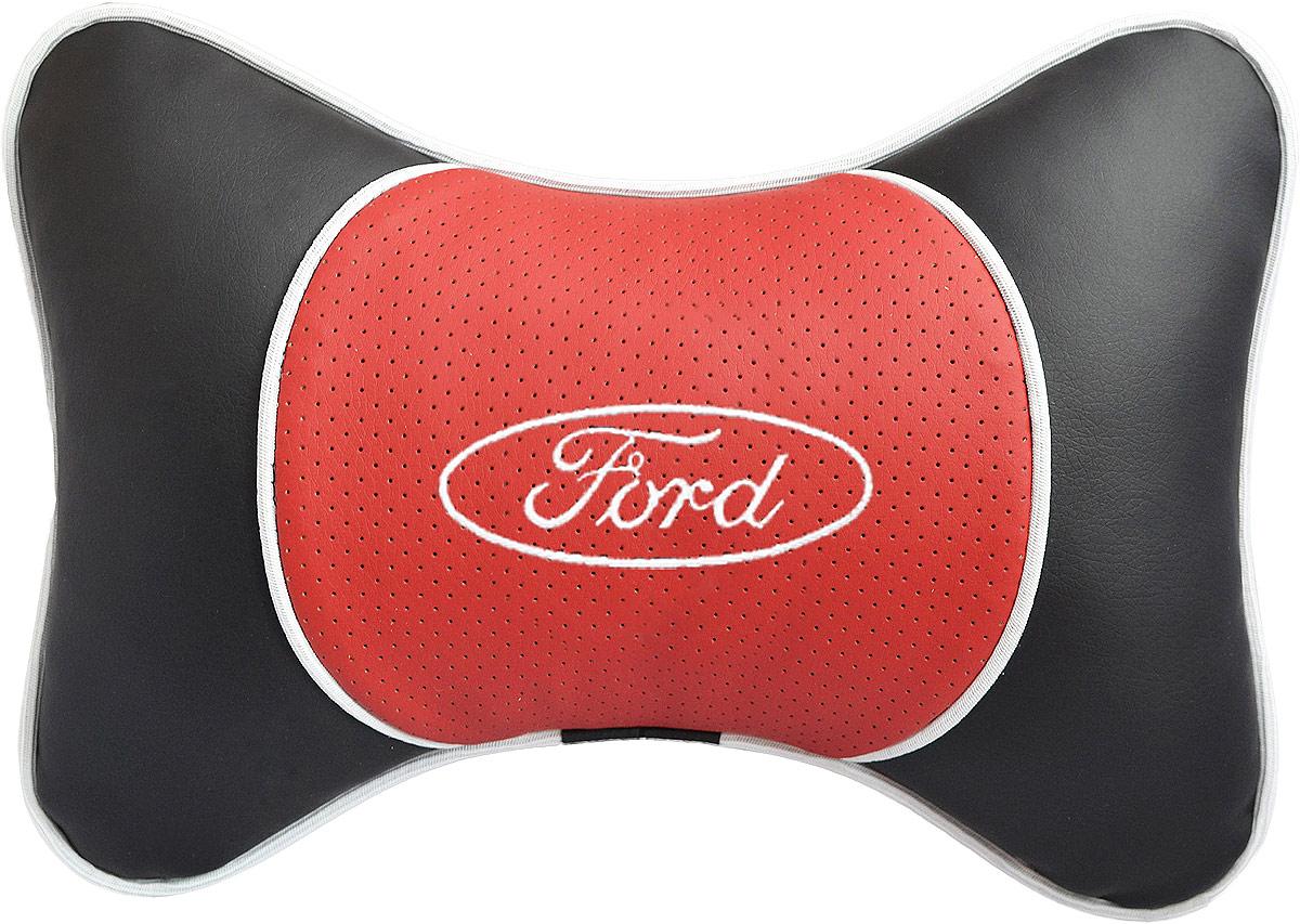 Подушка на подголовник Auto Premium Ford , цвет: красный. 3756437564Подушка на подголовник Люкс выполнена из черной гладкой экокожи, вставка из красной перфорированной экокожи имеет обрамление мягким кантом. Для нанесения вышивки используются высококачественные итальянские нитки. Подушка на подголовник - это прежде всего лучший способ создать комфорт для шеи и головы во время пребывания в автомобильном кресле. Такая подушка будет удобна как водителю, так и пассажиру. При производстве используются высококачественные, износостойкие материалы и гипоаллергенные наполнители.