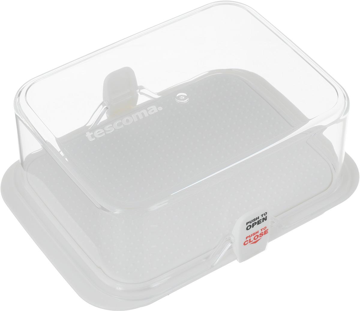 """Kонтейнер Tescoma """"Purity"""" выполнен из высококачественного  пищевого пластика, который используется в здравоохранении и  фармацевтики. Изделие отлично подходит для гигиеничного  хранения продуктов в холодильнике. Используемый материал  не влияет на качество продуктов даже при длительном  хранении. Данный контейнер можно использовать в качестве масленки. Рифленое  дно не дает маслу скользить по дну. В комплекте имеются запасные замки-крылышки. Можно мыть в посудомоечной машине."""
