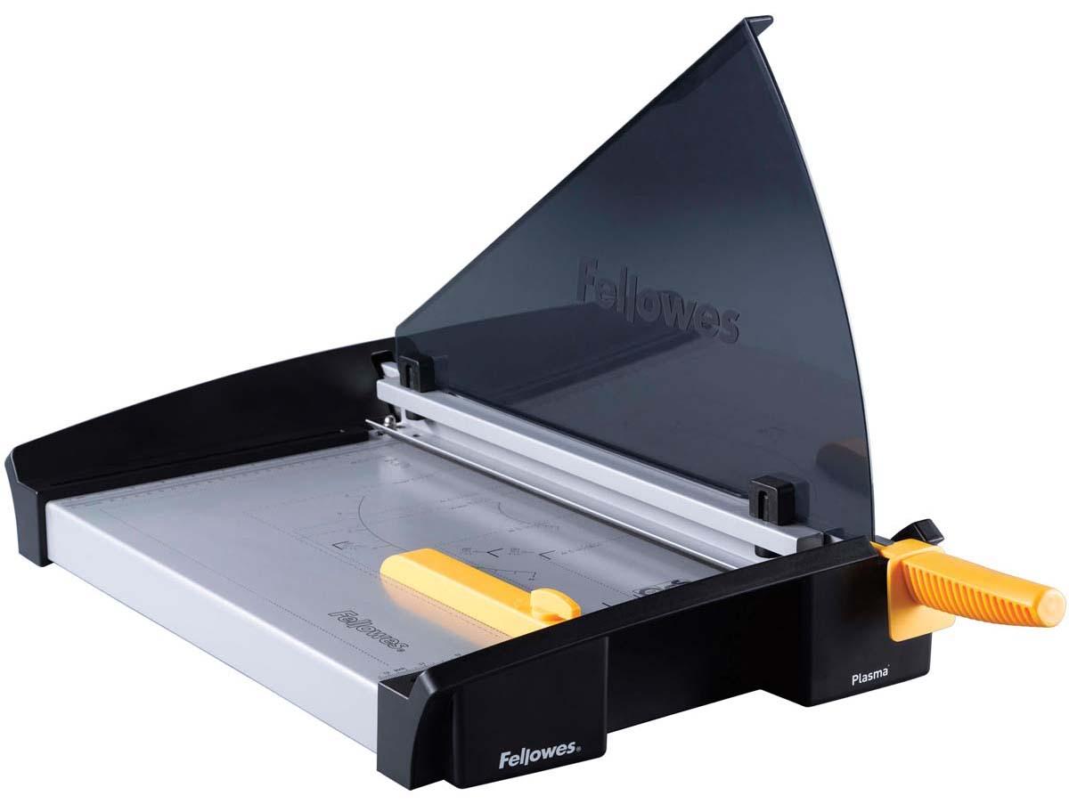 Fellowes Plasma A4 резак сабельныйFS-54110Резак сабельный SafeCut™ Plasma A4 идеален для частого, интенсивного использования в офисе. Длина реза 380мм, стопа 4мм (40 листов 80гр/м2). Запатентованный SafeCut™ защитный экран предотвращает вероятность прикосновения пользователя к ножу резака во время работы. Защитный экран уже установлен, перед использованием его необходимо развернуть, что снимает проблему его неправильной установки. Без развернутого защитного экрана, резак не работает. Профессиональное лезвие, выдерживающее огромные нагрузки. Сильный автоприжим бумаги для более точного реза. Фиксируемый крепеж края бумаги для работы с большими тиражами. Прочное металлическое основание на нескользящих ножках. .