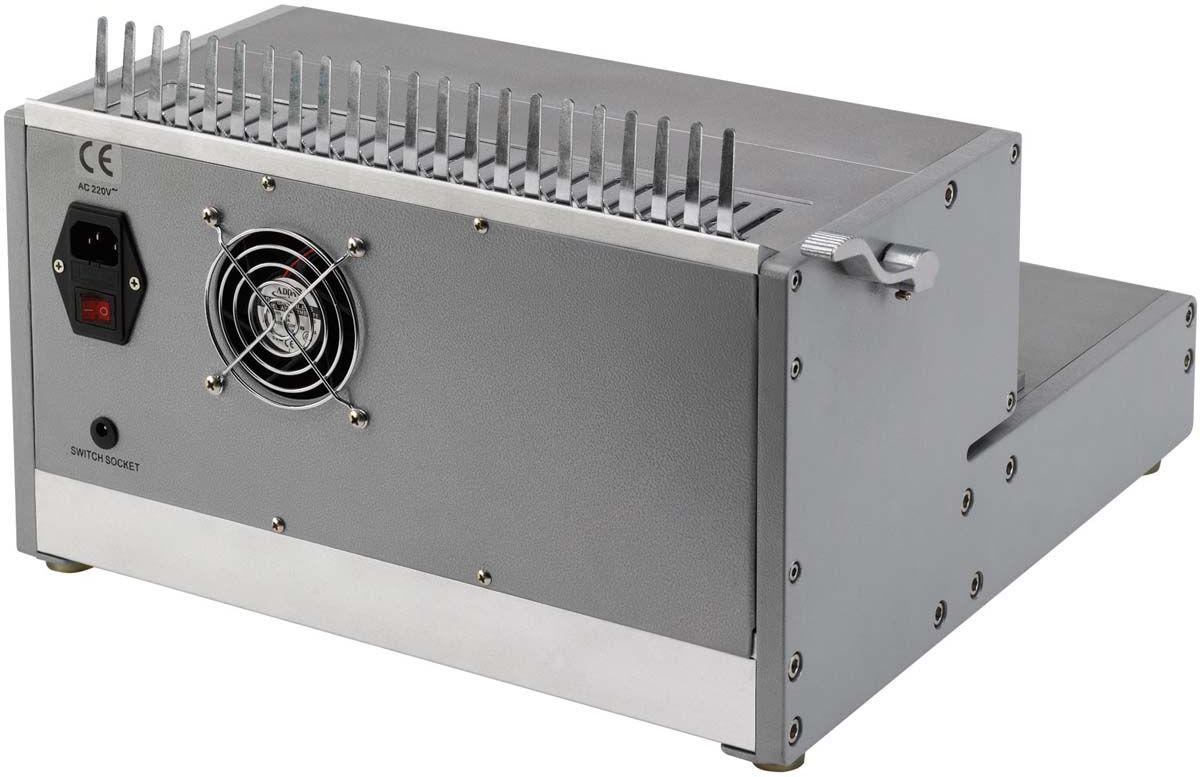 Fellowes Orion-E переплетчикFS-56427Orion-E 500 – профессиональный электрический переплетчик на пластиковую пружину. Переплетчик выполнен в прочном металлическом корпусе и предназначен для интенсивного использования в большом офисе.Основные характеристики:Кол-во сшиваемых листов: 500 шт.Кол-во пробиваемых листов: 30 шт.Диапазон диаметра пружины: 6-51 мм.Гарантия: 1 год.Брошюровщик оснащен технологиями, которые ускорят и упростят переплет документов: Мощный электропривод для пробития отверстий: Брошюровка будет проходить быстрее и не потребует никаких усилий при перфорации Отключаемые пуансоны (21 шт.): Возможность создавать брошюры различных форматов. Селектор формата: Точное выравнивание листов различных форматов по краю. Изменение глубины перфорации (5 позиций) : Увеличивает срок службы брошюр толщиной более 150 листов. Цельнометаллический рычаг для раскрытия пружины. Ножная педаль для простоты работы.