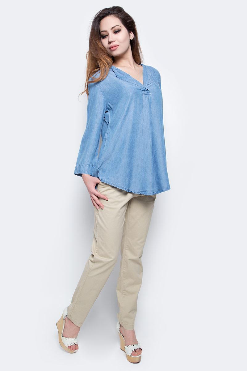 Блузка женская Baon, цвет: голубой. B177018 _Light Blue Denim. Размер L (48)B177018 _Light Blue DenimСтильная блузка Baon выполнена из легкого материала - денима-шамбри. Модель свободного кроя с V-образным вырезом горловины, полукруглым низом и укороченными рукавами хорошо сидит на любой фигуре. Лаконичная блузка поможет создать женственный образ.