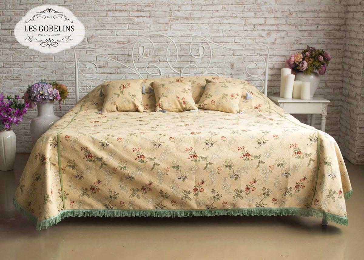 Покрывало на кровать Les Gobelins Nymphe, 240 х 260 смlns183819Покрывало на кровать Les Gobelins Nymphe с ярким цветочным рисунком привлечет к себе внимание и органично впишется в интерьер комнаты. Изделие изготовлено из высококачественной ткани гобелен и оформлено бахромой и кисточками. Необычайная красота сочетается в этом покрывале с высокой прочностью и долговечностью, а свойство гобелена по-разному проявлять себя в зависимости от освещения помещения позволяет открывать все новые и новые детали, которые, как казалось, раньше скрывал гобелен.Красочное и приятное на ощупь покрывало сделает интерьер спальни, детской или гостиной уютнее и своеобразнее. Состав материала: 50% хлопок, 50% полиэстер.