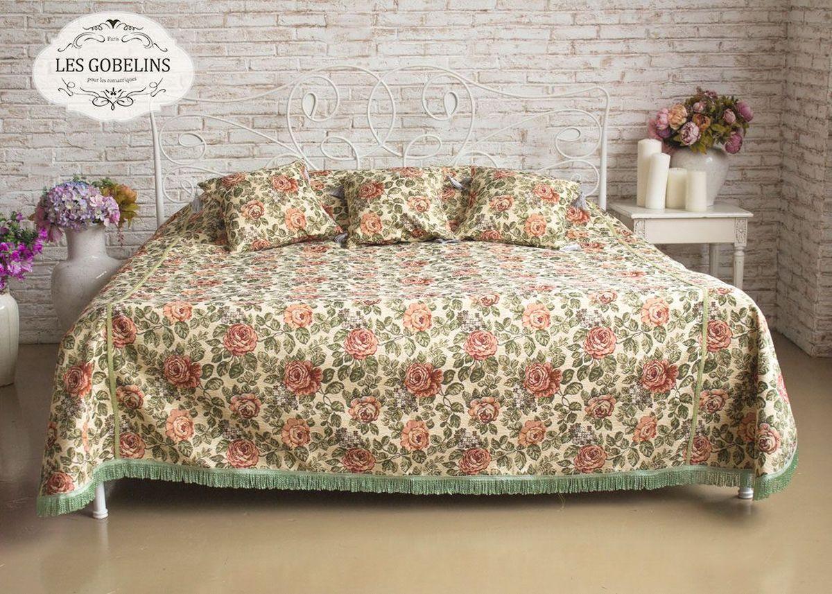 """Покрывало на кровать Les Gobelins """"Art Floral"""" с ярким цветочным рисунком привлечет к себе внимание и органично впишется в интерьер комнаты. Изделие изготовлено из высококачественной ткани гобелен и оформлено бахромой и кисточками. Необычайная красота сочетается в этом покрывале с высокой прочностью и долговечностью, а свойство гобелена по-разному проявлять себя в зависимости от освещения помещения позволяет открывать все новые и новые детали, которые, как казалось, раньше скрывал гобелен. Красочное и приятное на ощупь покрывало сделает интерьер спальни, детской или гостиной уютнее и своеобразнее.  Состав материала: 52% хлопок, 48% полиэстер."""