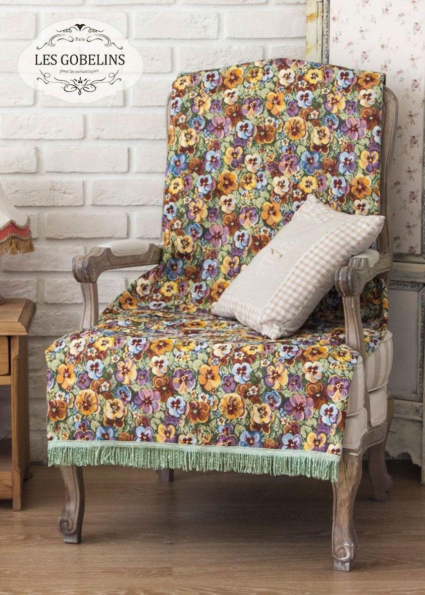 """Покрывало на кресло Les Gobelins """"Fleurs De Jardin"""" с ярким цветочным рисунком привлечет к себе внимание и органично впишется в интерьер комнаты. Изделие изготовлено из высококачественной ткани гобелен и оформлено бахромой и кисточками. Необычайная красота сочетается в этом покрывале с высокой прочностью и долговечностью, а свойство гобелена по-разному проявлять себя в зависимости от освещения помещения позволяет открывать все новые и новые детали, которые, как казалось, раньше скрывал гобелен. Красочное и приятное на ощупь покрывало сделает интерьер спальни, детской или гостиной уютнее и своеобразнее.  Состав материала:  52% хлопок, 48% полиэстер."""