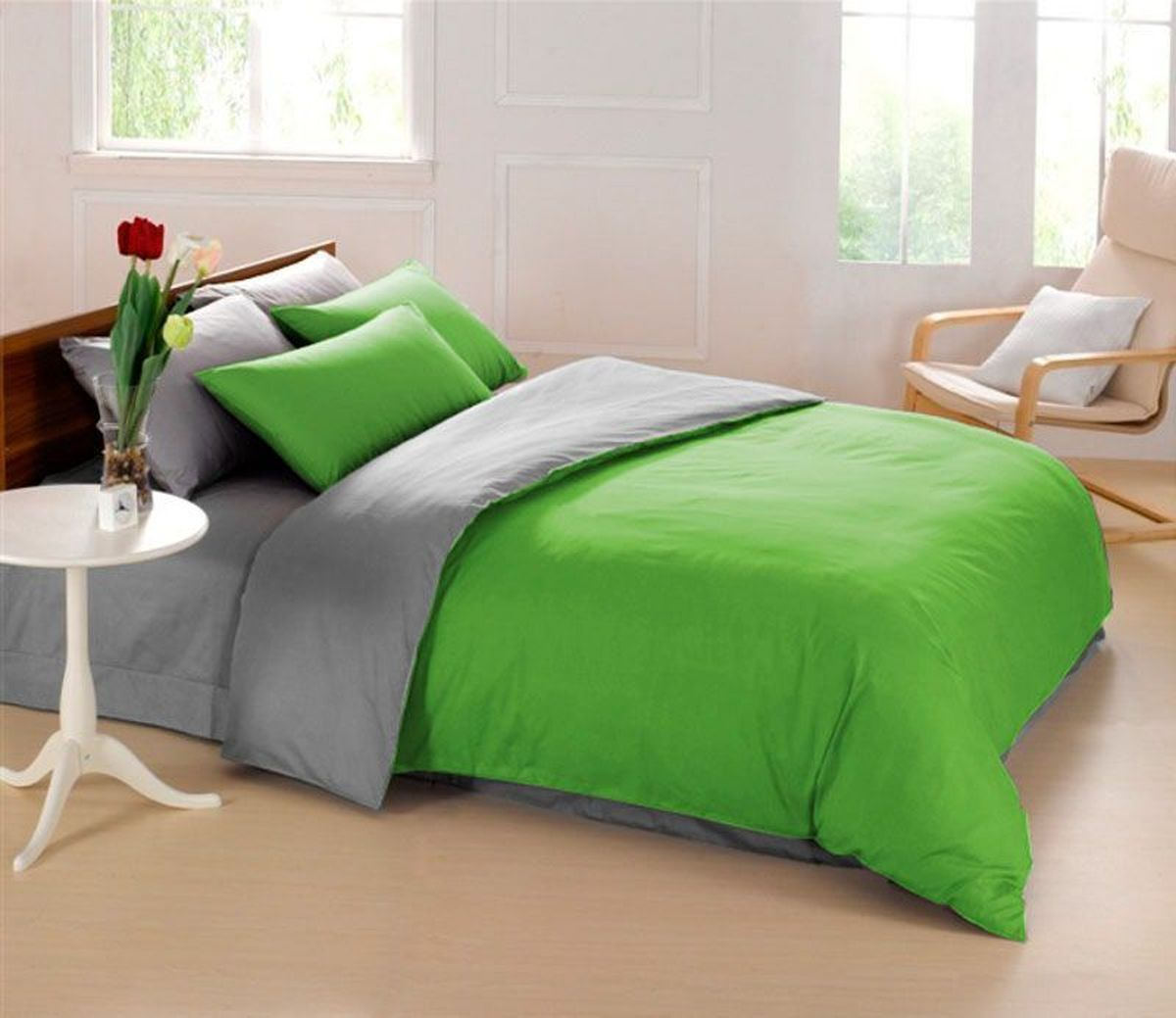 Комплект белья Sleep iX Perfection, семейный, наволочки 50х70, 70х70,цвет: зеленый, серыйpva215435Комплект постельного белья Sleep iX Perfection состоит из двух пододеяльников, простыни и четырех наволочек. Предметы комплекта выполнены из абсолютно гипоаллергенной микрофибры, неприхотливой в уходе.Благодаря такому комплекту постельного белья вы сможете создать атмосферу уюта и комфорта в вашей спальне.Известно, что цвет напрямую воздействует на психологическое и физическое состояние человека. Зеленый - успокаивающий, нейтральный, мягкий цвет. Нормализует деятельность сердечно-сосудистой системы, успокаивает сильное сердцебиение, стабилизирует артериальное давление и функции нервной системы.Серый – нейтральный цвет. Расслабляет, помогает успокоиться и способствует здоровому сну. Усиливает воздействие соседствующих цветов.