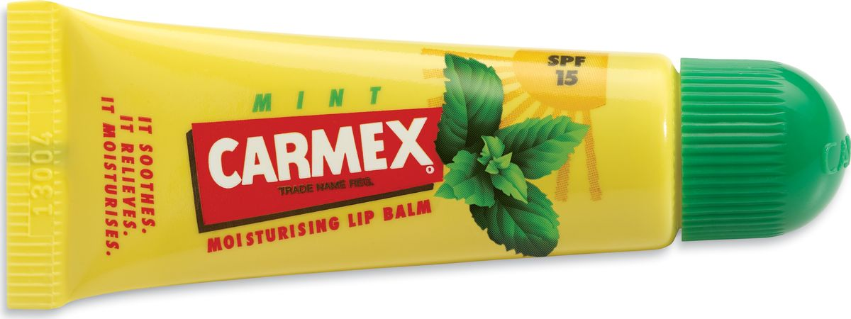 Carmex Бальзам для губ с ароматом мяты с защитой от воздействия ультрафиолета SPF15, туба в блистере00882СХСолнцезащитный и увлажняющий бальзам для губ CARMEX, SPF 15 с запахом мяты Уважаемые клиенты!Обращаем ваше внимание на возможные изменения в дизайне упаковки. Качественные характеристики товара остаются неизменными. Поставка осуществляется в зависимости от наличия на складе.