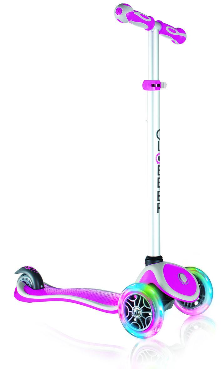 Самокат Globber My Free Up, трехколесный, цвет: розовый. 442-110442-110Самокат Globber My Free Up оборудован алюминиевым Т-образным рулем, который с легкостью можно подстраивать под рост ребенка. Изделие спроектировано из лучших материалов: подножка выполнена из двухкомпонентного армированного нейлона, колеса - из прозрачного высококачественного полиуретана имеют отличный отскок, а ручки из мягкой термопластичной резины. Высокопрочные подшипники позволяют добиться отменного скольжения, а также уменьшить перегрев и снашивание.Самокат Globber My Free Up со светящимися колесами предназначен для самых маленьких гонщиков. Самокат идеально подходит для развития равновесия и обучения езде вашего малыша. Самокат оснащен кнопкой для блокировки колес, что способствует облегчению в обучении катанию.