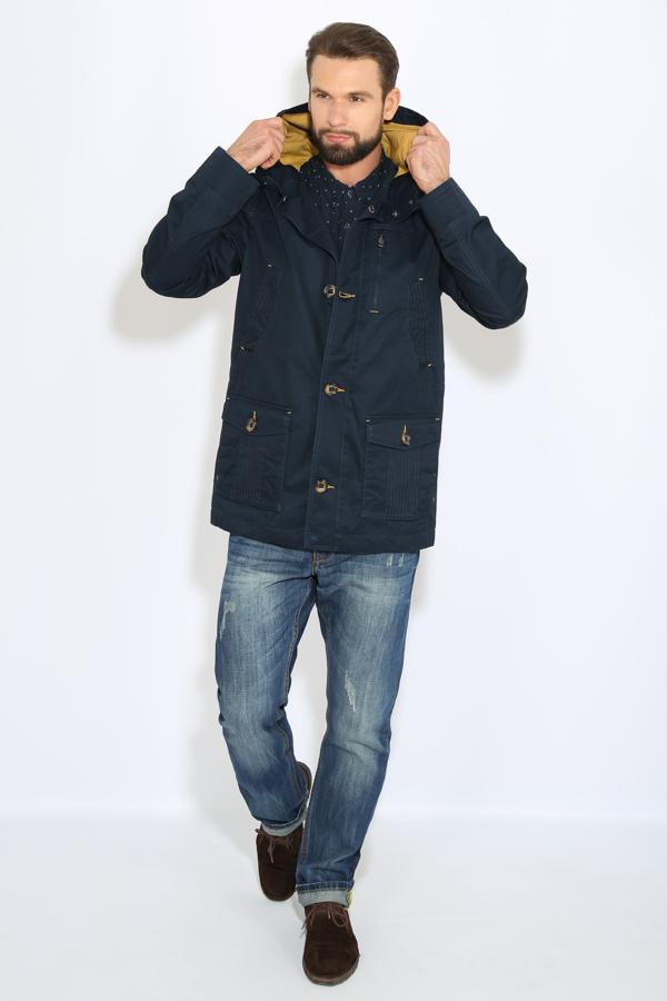 Куртка мужская Finn Flare, цвет: темно-синий. B17-22008_101. Размер XL (52)B17-22008_101Куртка мужская Finn Flare выполнена из натурального хлопка. Модель с капюшоном и длинными рукавами застегивается на пуговицы.