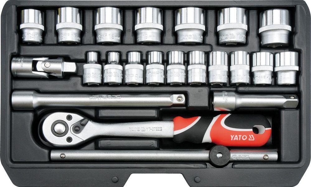 Набор головок торцевых Yato, с трещоткой, 3/8, 22 предметаYT-38561Набор торцевых головок Yato изготовлен из инструментальной стали CrV и предназначен для монтажа и демонтажа резьбовых соединений. Набор подойдет как профессиональному механику, так и простому автолюбителю. Он поможет справиться с практически любым крепежом. Это необходимый предмет станет незаменимым в вашем хозяйстве.В состав набора входит: головки торцевые 3/8: 6 мм, 7 мм, 8 мм, 9 мм, 10 мм, 11 мм, 12 мм, 13 мм, 14 мм, 15 мм, 16 мм (длина 28 мм), 17 мм, 18 мм, 19 мм, 20 мм, 21 мм, 22 мм (длина 30 мм); трещотка 3/8 - длина 200 мм, 72 зуба; удлинитель 3/8: 76, 152.4 мм; переходник; вороток - длина 198 мм.Набор упакован в пластиковом кейсе.