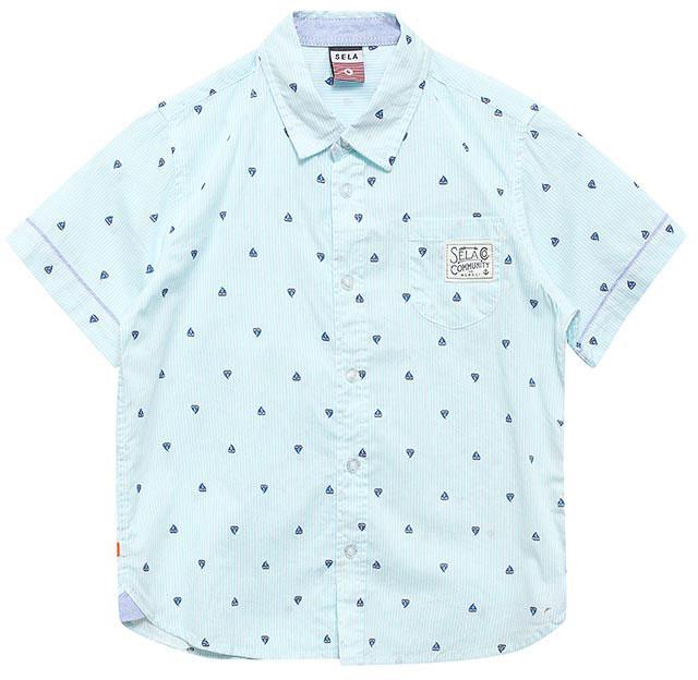 Рубашка для мальчика Sela, цвет: голубой. Hs-712/065-7213. Размер 104, 4 годаHs-712/065-7213Стильная рубашка для мальчика Sela выполнена из натурального хлопка и оформлена принтом в тонкую полоску с изображением корабликов. Модель прямого кроя с короткими рукавами и отложным воротничком застегивается на пуговицы и дополнена накладным карманом на груди.