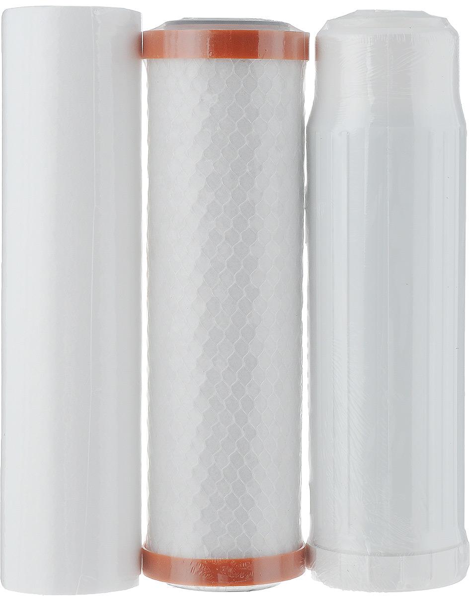 """Комплект сменных фильтроэлементов для трёхступенчатого фильтра для воды Барьер """"Профи Ferrum"""".   Надежная защита от крупных механических частиц, активного хлора, ионов тяжелых и токсических металлов.  Эффективная очистка при высоких концентрациях железа. Устраняет неприятные запахи и привкусы воды.  Состав:   Фильтроэлемент Механика: Высококачественный полипропиленовый фильтроэлемент показывает высокую эффективность очистки от  нерастворимых механических примесей. Необходим для предварительной очистки воды. Превосходно очищает воду от:   Механических частиц;   Песка;   Ржавчины;   Окалины.  Фильтроэлемент Ферростоп: Уникальная технология """"FERROSTOP"""" обеспечивает эффективную очистку воды от растворенного железа при  концентрациях до 5 ПДК (по результатам добровольных испытаний). А также глубокую механическую очистку  воды. Превосходно очищает воду от:   Растворенного железа;   Песка;   Ржавчины;   Окалины;   Других механических частиц.  Фильтроэлемент ПостКарбон: Дополнительная очистка воды от ионов тяжелых и токсичных металлов, растворенного железа.  Высококачественный гранулированный активированный уголь, обработанный серебром, устраняет неприятные  запахи, улучшает вкус воды. Превосходно очищает воду от:   Ионов тяжелых и токсичных металлов;   Растворенного железа;   Неприятных запахов;   Привкусов. Характеристики:   Максимально допустимое давление воды на входе:  7 атм. Температура очищаемой воды:  от +5°С до +35°С. Тонкость фильтрации: 1 мкм. Размер упаковки: 26 см х 22 см х 8 см.  Производитель: Россия.   Уважаемые клиенты! Обращаем ваше внимание на возможные изменения в дизайне упаковки. Качественные характеристики товара  остаются неизменными. Поставка осуществляется в зависимости от наличия на складе."""