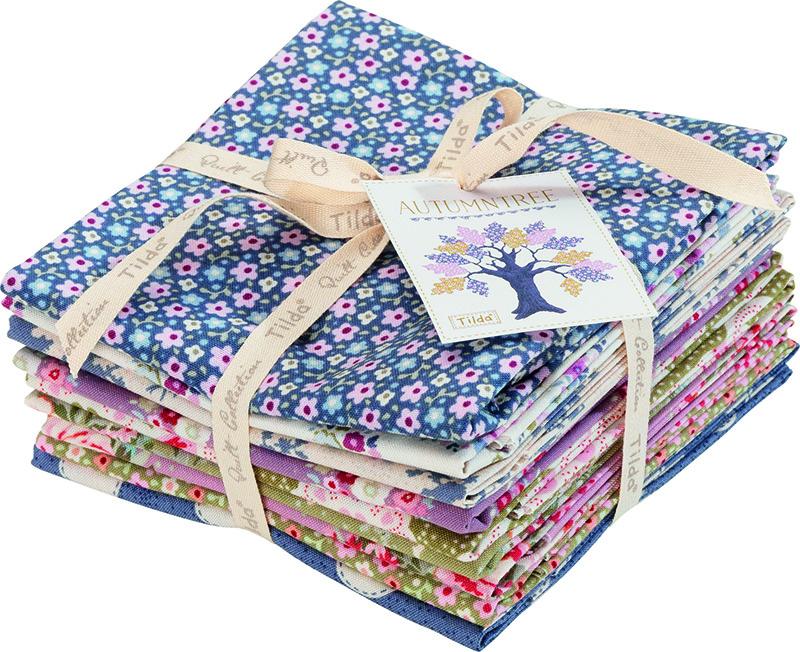 Набор ткани Tilda, 50 х 55 см, 9 шт. 210480956210480956Набор Tilda состоит из 9 отрезов ткани, выполненных из 100% натуральногохлопка. Такие отрезы ткани прекрасно подойдут для декора иоформления творческих работ в различных техниках, таких какскрапбукинг, шитье, декор, изготовление бижутерии, бантиков.Ткань разнообразит вашу работу и добавит вдохновения дляновых идей.100% хлопок дает усадку примерно на 6-7%.Размер отреза: 50 х 55,5 см.