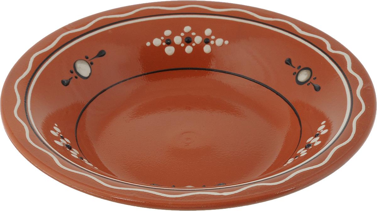 Тарелка суповая Ломоносовская керамика Оятская, диаметр 22 см2ТС-22Тарелка суповая Ломоносовская керамика Оятская, изготовленная из глины, имеет изысканный внешний вид. Оригинальный дизайн тарелки украшен эксклюзивным орнаментом, который придется по вкусу и ценителям классики, и тем, кто предпочитает современный стиль.Тарелка Ломоносовская керамика Оятская впишется в любой интерьер современной кухни и станет отличным подарком для вас и ваших близких.Объем: 0,5 л.Диаметр тарелки: 22 см,Высота: 4 см.