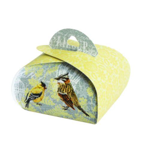 Подарочная коробочка Бонбоньерка Hobby&You Canary, 2 штHY00912Подарочная коробочка предназначена для упаковки подарков, конфет, бижутерии, ювелирныхизделий, сувениров, косметики и т.д.В наборе: 2 коробочки.