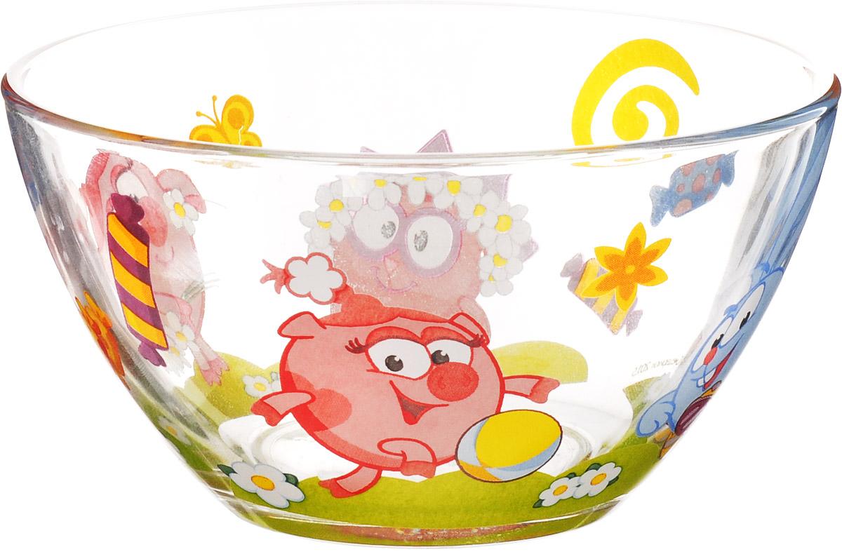 Смешарики Салатник детский Конфеты диаметр 13 смСШС130-1Детский салатник Смешарики Конфеты идеально подойдет для кормления малыша и самостоятельного приема им пищи. Салатник выполнен из натрий-кальций-силикатного стекла и оформлен высококачественным изображением героев мультфильма Смешарики.Такой подарок станет не только приятным, но и практичным сувениром, добавит ярких эмоций вашему ребенку!Не подходит для использования в СВЧ-печи и посудомоечной машине.