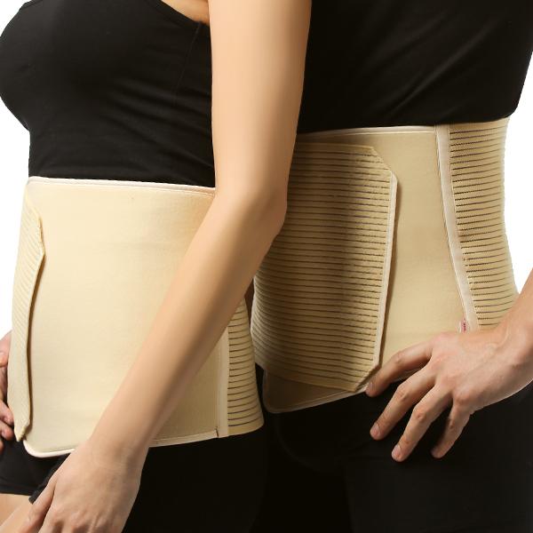 Бандаж Tonus Elast послеоперационный, софт. Размер 59901Soft/5Бандаж послеоперационный предназначен для поддержания мышц брюшного пресса после операций, при грыжах, опущениях почек, а также женщинам после родов. Предназначен для поддержания мышц брюшного пресса после операций, опущениях почек, а также для поддержания мышц спины. Рекомендуется женщинам после родов для скорейшего восстановления тонуса мышц брюшного пресса. Послеоперационный пояс комфорт может использоваться как в условиях стационара, поликлиники, так и на дому. Подбирать размер необходимо по окружности талии, согласно шкале, указанной на упаковке. Носят пояс, надевая непосредственно на тело или хлопчатобумажное белье. Благодаря застежке velcro пояс можно самостоятельно регулировать, учитывая особенности фигуры. Надевать изделие рекомендуется в положении лежа на спине на ровной жесткой или полужесткой поверхности. Пояс должен плотно прилегать к телу и в таком положении его необходимо зафиксировать с помощью застежки velcro. При ношении пояс вызывает легкое ощущение подтянутости в области живота. Следует обратить внимание на хорошее кровоснабжение мягких тканей. Время использования пояса от 2 до 24 часов в сутки в зависимости рекомендаций лечащего врача.