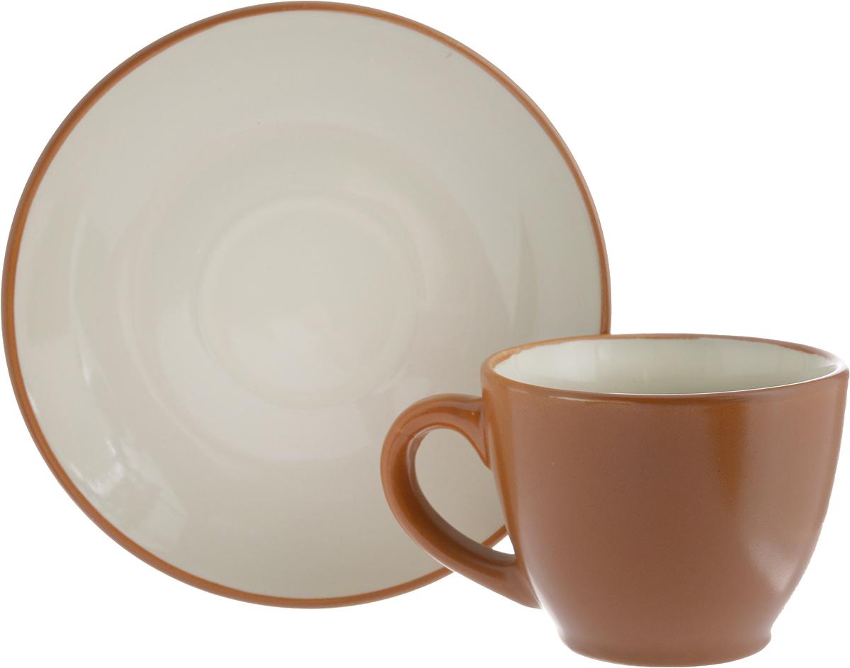 Кофейная пара Ломоносовская керамика, 2 предмета1КП-90ТККофейная пара Ломоносовская керамика состоит из чашки и блюдца. Изделия, выполненные из высококачественной глины с глазурованным покрытием, имеют элегантный дизайн. Такая кофейная пара прекрасно подойдет как для повседневного использования, так и для праздников. Кофейная пара Ломоносовская керамика - это полезный подарок для родных и близких, это также великолепное дизайнерское решение для вашей кухни или столовой. Объем чашки: 90 мл. Диаметр чашки (по верхнему краю): 7 см. Высота чашки: 5,5 см.Диаметр блюдца: 12,5 см.Высота блюдца: 1,7 см.