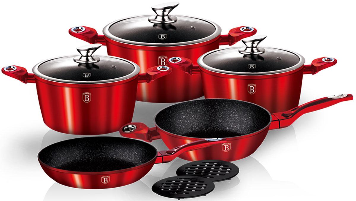 Набор посуды Berlinger Haus Burgundy Metallic Line, 10 предметов1222-ВННабор посуды из кованого алюминия со стеклянными крышками 10 предметов, сковорода 20 х 4.2 см, сковорода 24 х 6.8 см, кастрюля 20 х 10 см, 2,5 л, кастрюля 24 х 12 см, 4 л, кастрюля 28 х 12.5 см, 6,6 л, бакелитовые подставки, 2 шт, эргономическая ручка с покрытием soft touch, мраморное покрытие. Подходит для всех видов плит: газовых, электрических, стеклокерамических, галогенных, индукционных.