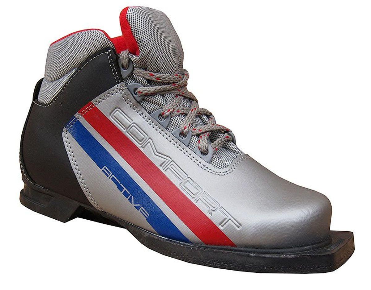 Ботинки лыжные Marax, цвет: серебряный, черный. М350. Размер 44М350_серый, черный, синий_44Лыжные ботинки Marax предназначены для активного отдыха. Модельизготовлена из морозостойкой искусственной кожи и текстиля. Подкладка выполнена из искусственного меха и флиса, благодаря чему ваши ноги всегда будут в тепле. Шерстяная стелька комфортна при беге. Вставка на заднике обеспечивает дополнительную жесткость, позволяя дольше сохранять первоначальную форму ботинка и предотвращать натирание стопы. Ботинки снабжены шнуровкой с пластиковыми петлями и язычком-клапаном, который защищает от попадания снега и влаги. Подошва системы 75 мм из двухкомпонентной резины является надежной и весьма простой системой крепежа и позволяет безбоязненно использовать ботинокдо -25°С. В таких лыжных ботинках вам будет комфортно и уютно.