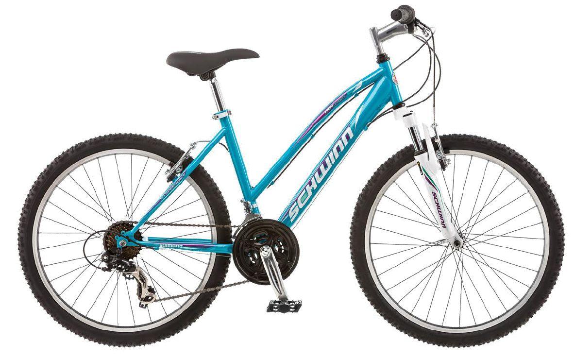 Велосипед горный Schwinn High Timber, для девочки, цвет: голубой, белый, рама 14, колеса 24S2449BSchwinn High Timber – идеальный пример качества и продуманного подхода к созданию подросткового велосипеда для девочек. Велосипед оснащен прочной заниженной рамой размером 14, которая позволяет кататься в платье или сарафане и быстро спрыгнуть с велосипеда в непредвиденной ситуации. Седло и руль регулируются по высоте и можно слегка увеличивать ее по мере роста подростка. Амортизационная вилка оснащена подпружиненными пыльниками, которые не пропускают пыль и влагу внутрь, способствуя большему сроку службы вилки. Особенности:Прочная заниженная MTB рама размером 14.Амортизационная вилка с подпружиненными пыльниками.Простые в настройке и обслуживании ободные тормоза для любой погоды.Переключатели передач Shimano Tourney.Руль и седло регулируются по высоте и наклону.Защита цепи.Алюминиевые обода.Быстросъемные колеса на эксцентриковых осях.21 скорость.Колеса 24.Подножка в комплекте.Для подростков 9-12 лет.Для роста 125-155 см.