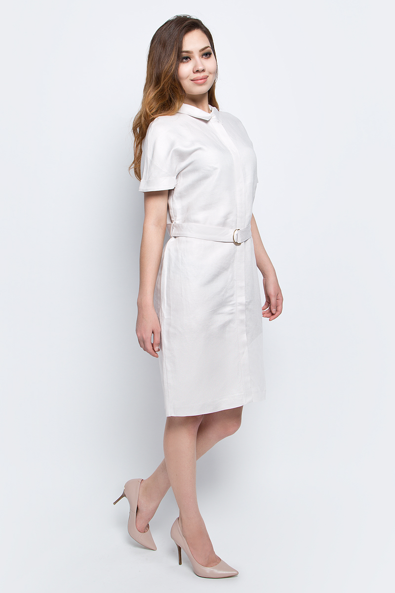 Платье Baon, цвет: бежевый. B457065_Sea Salt. Размер M (46)B457065_Sea SaltПлатье Baon выполнено из льна и вискозы. Модель с отложным воротником и короткими рукавами.