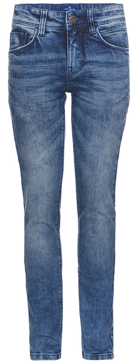 Джинсы для мальчика Tom Tailor, цвет: синий. 6205479.00.30_1195. Размер 1526205479.00.30_1195Стильные джинсы для мальчика Tom Tailor выполнены из высококачественного материала. Модель на талии застегивается на металлическую пуговицу и имеет ширинку на застежке-молнии, а также шлевки для ремня. Джинсы имеют классический пятикарманный крой: спереди два втачных кармана и один накладной кармашек, а сзади - два накладных кармана.