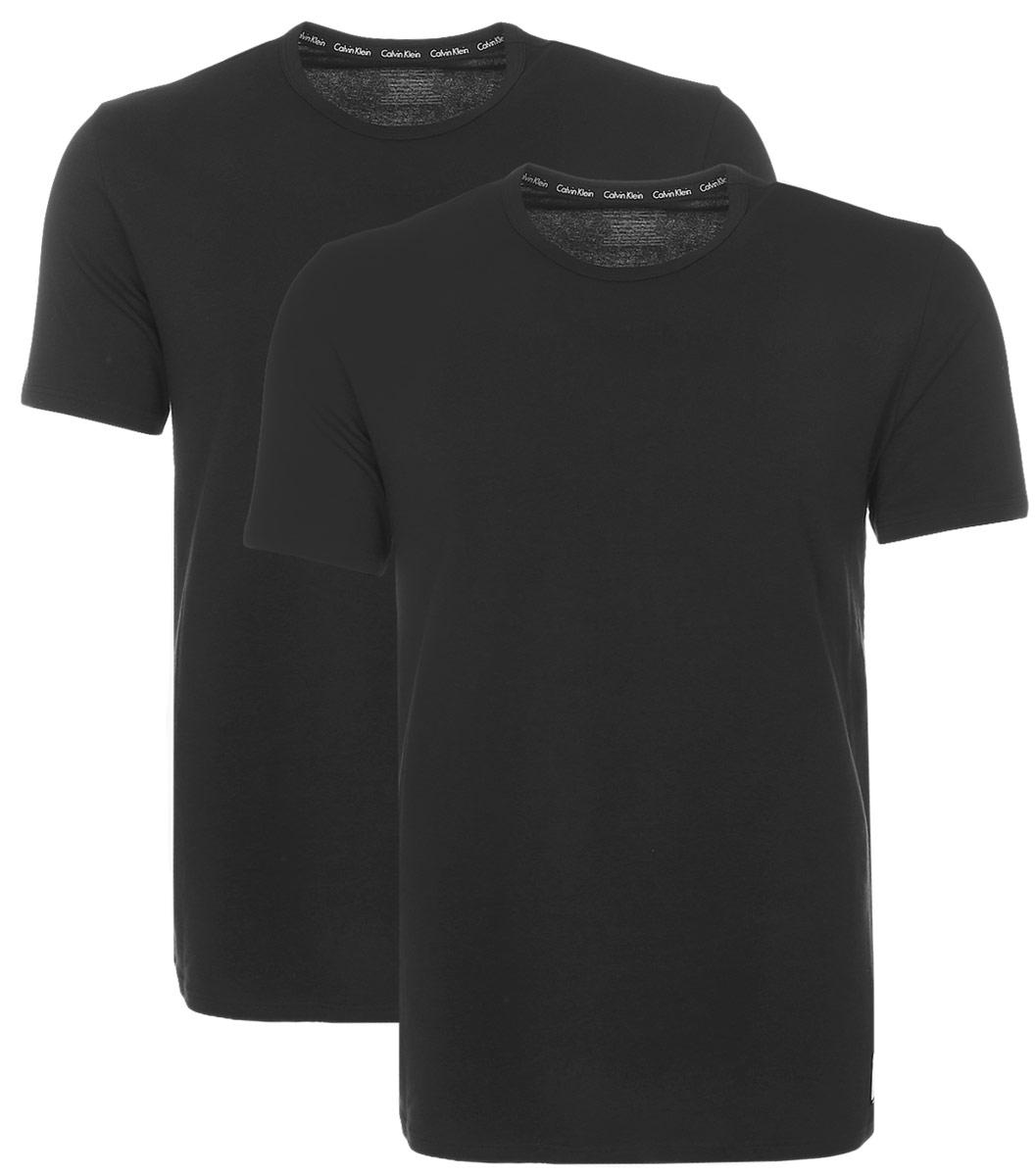 Футболка для дома мужская Calvin Klein Underwear, цвет: черный, 2 шт. NU8697A. Размер M (46;48)NU8697AМужская футболка Calvin Klein Underwear изготовлена из натурального хлопка с добавлением эластана. Модель с круглой горловиной и короткими рукавами. Футболка дополнена квадратной нашивкой с названием бренда.