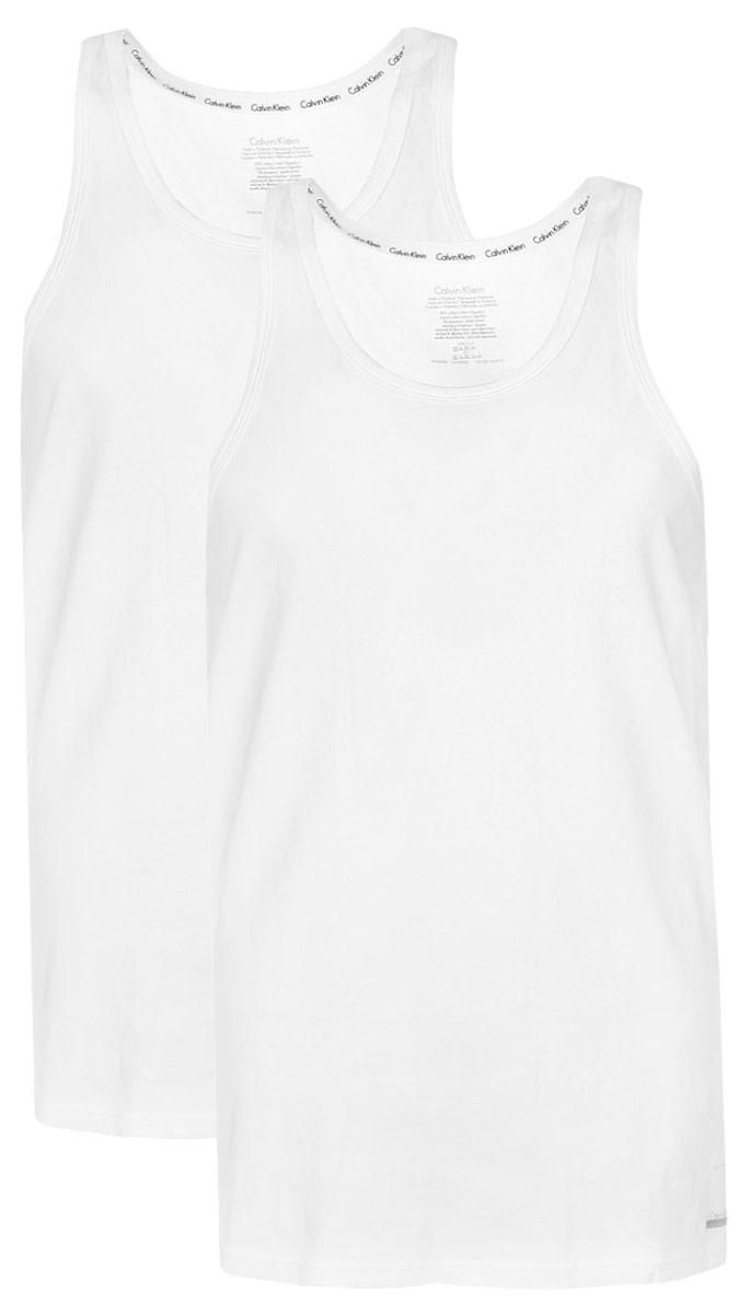 Майка мужская Calvin Klein Underwear, цвет: белый, 2 шт. NU8703A. Размер L (50)NU8703AМужская майка Calvin Klein Underwear изготовлена из натурального хлопка с добавлением эластана. Модель выполнена глубокой круглой горловиной и без рукавов. Майка дополнена квадратной нашивкой с названием бренда.