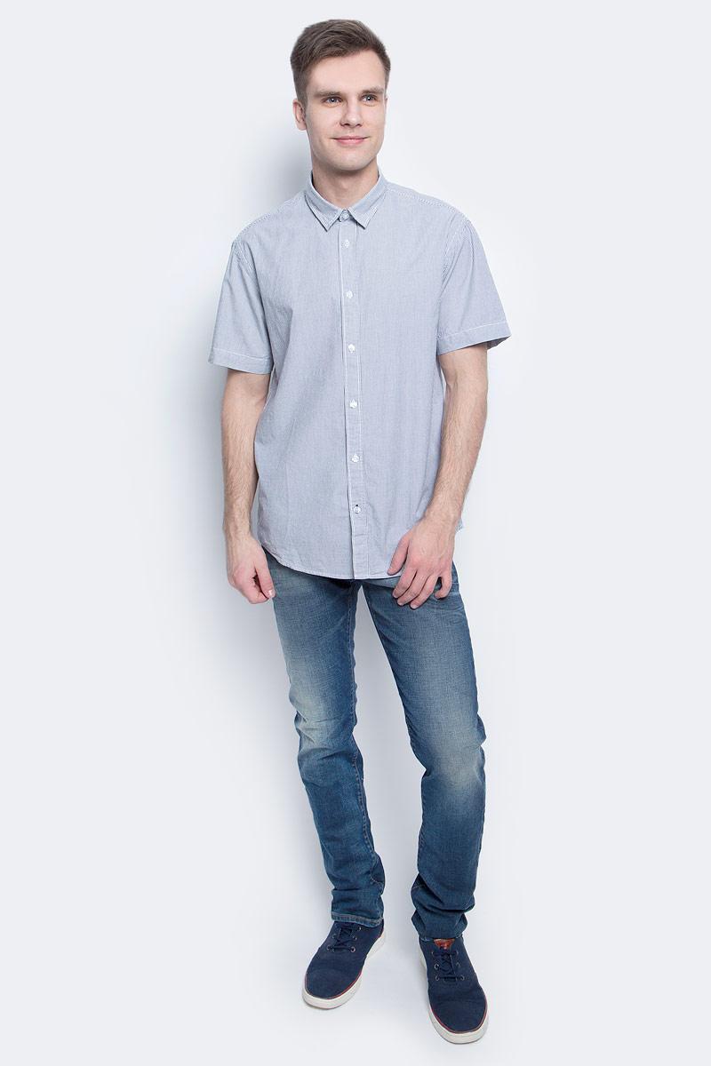 Рубашка мужская Baon, цвет: синий. B687018_Deep Navy Striped. Размер M (48)B687018_Deep Navy StripedРубашка мужская Baon выполнена из натурального материала. Модель с отложным воротником и короткими рукавами застегивается на пуговицы.