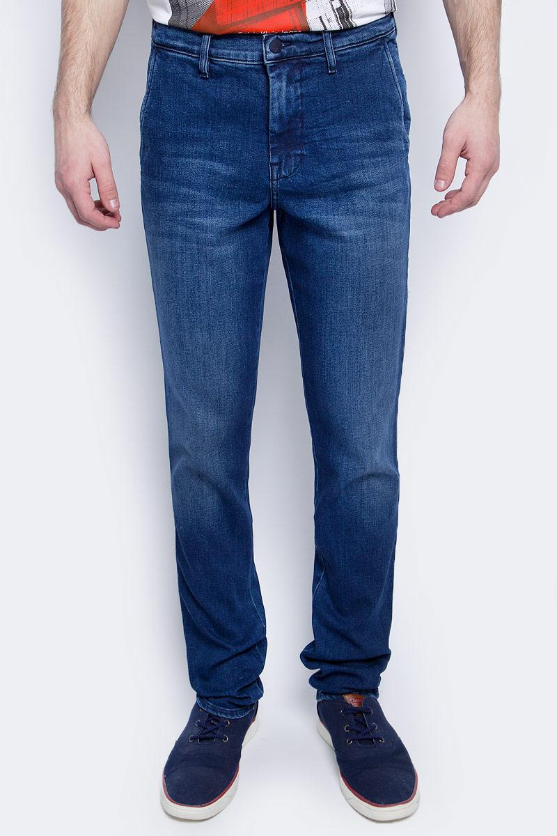 Купить Джинсы мужские Calvin Klein Jeans, цвет: синий. J30J304300. Размер 30-34 (44/46-34)