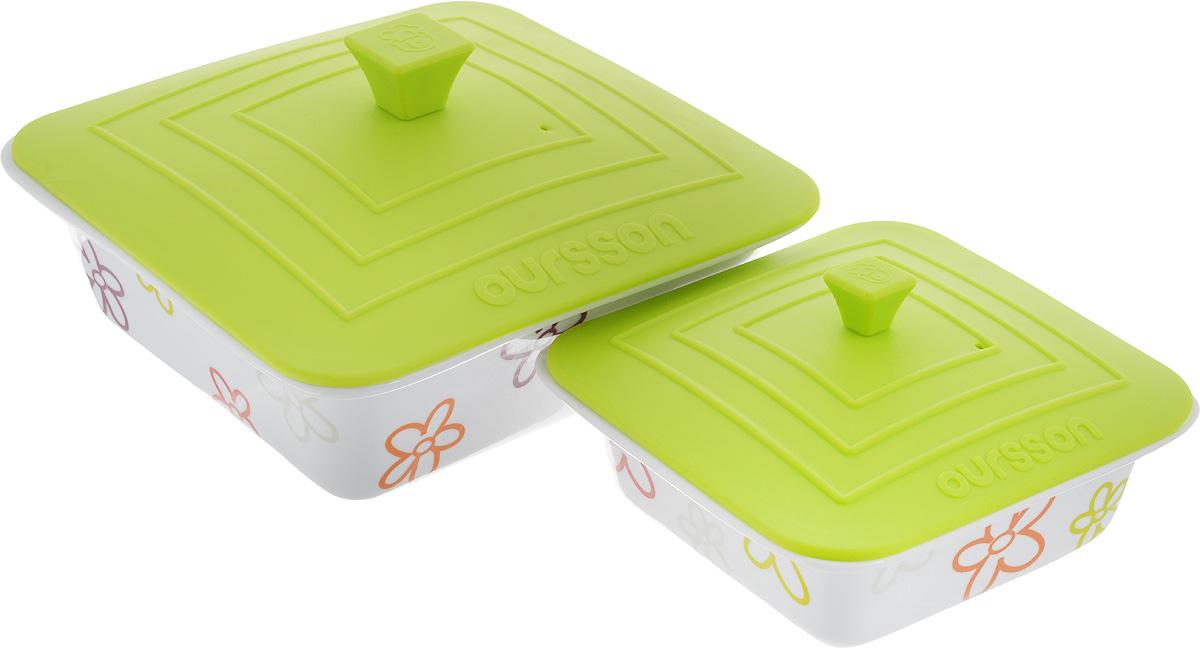 Набор мисок Oursson Bon Appetit, с силиконовыми крышками, цвет: белый, зеленое яблоко, 2 шт. BW2505SCBW2505SC/GAНабор Oursson Bon Appetit состоит из двух мисок разного размера, выполненных из керамики и оформленных цветочным рисунком. Керамика, из которой изготовлены емкости, выдерживает температуру до 250°С, поэтому подать блюда на стол можно сразу после приготовления в микроволновой печи или духовом шкафу. Миски снабжены силиконовыми крышками.Миски являются универсальным приобретением для любой кухни. С их помощью можно готовить блюда, хранить продукты и даже сервировать стол. Оригинальный дизайн, высокое качество и функциональность набора Oursson Bon Appetit позволят ему стать достойным дополнением к вашему кухонному инвентарю. Можно мыть в посудомоечной машине.Характеристика емкости №1: Объем: 1,9 л.Размер формы (без учета крышки): 23,5 х 23,5 см. Высота стенки формы: 7,7 см.Размер крышки: 23,8 х 23,8 см.Характеристика емкости №2: Объем: 0,66 л. Размер формы (без учета крышки): 17,8 х 17,8 см.Высота стенки формы: 5,7 см. Размер крышки: 17,5 х 17,5 см.