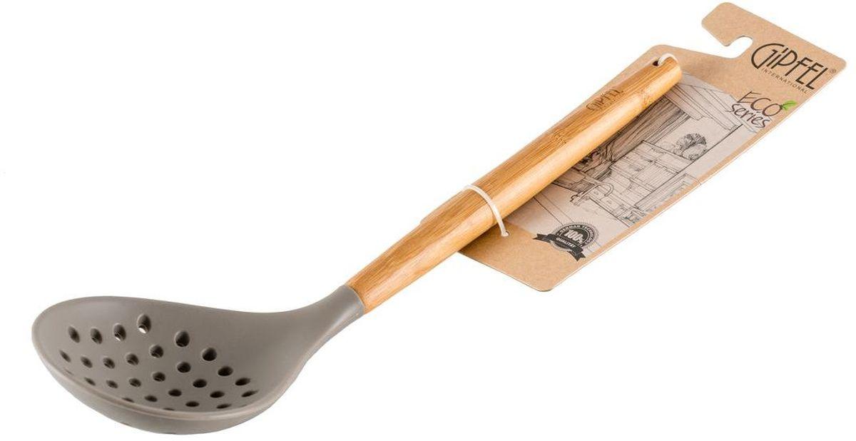"""Шумовка """"Gipfel"""" выполнена из высококачественных материалов. Изделие  безопасно для посуды с антипригарным покрытием, для эмалированной посуды  и посуды  из нержавеющей стали. Эргономичная ручка снабжена отверстием, с помощью  которого изделие можно подвесить в удобное место, чтобы оно  всегда было под рукой."""
