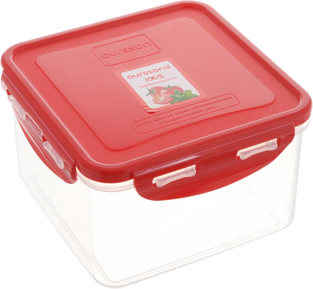 Контейнер пищевой Oursson, квадратный, цвет: красный, 1,25 лCP1303S/RDПрочный и удобный контейнер Oursson изготовлен из высококачественного полипропилена и предназначен для хранения любых пищевых продуктов. Благодаря особым технологиям изготовления, лотки в течение времени службы не меняют цвет и не пропитываются запахами. Крышка с силиконовой вставкой герметично защелкивается специальным механизмом. Контейнер удобен для ежедневного использования в быту. Можно мыть в посудомоечной машине и использовать в микроволновой печи.Размер контейнера (с учетом крышки): 14,5 х 14,5 х 9 см.