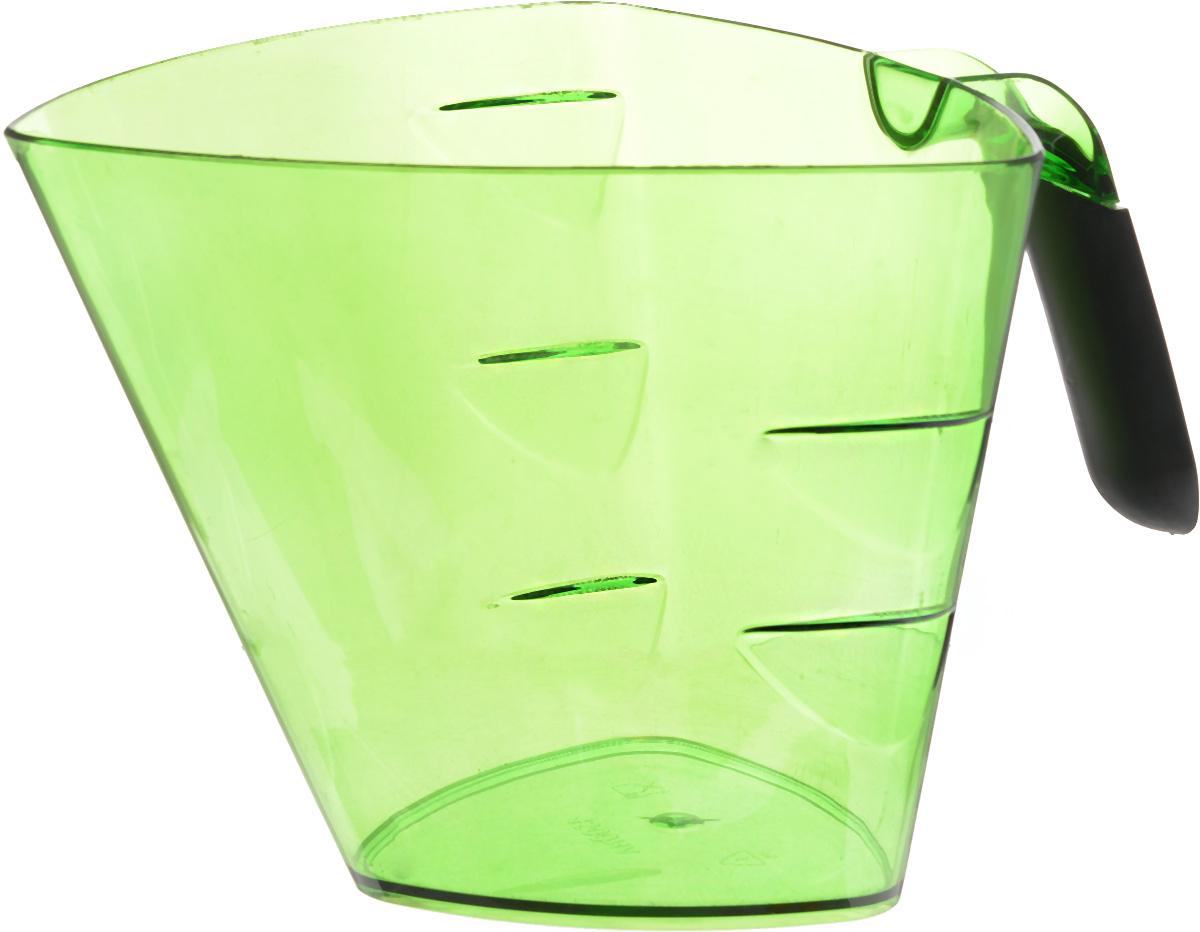 Стакан мерный Giaretti Cristallo, цвет: зеленый, 1,5 лGR3067МИКС_зеленыйМерный прозрачный стакан Giaretti Cristallo выполнен из высококачественного пластика. Стакан оснащенудобной ручкойс противоскользящей вставкой и носиком, которые делают изделие еще болеепростым в использовании. Мерная шкала внутри стакана, позволяет измерить жидкости до 1,5 л.Удобная форма стакана позволяет как отмерить необходимое количество продукта, так ивзбить/замесить его непосредственно в прямо в этой же емкости.Такой стаканчикпригодится каждой хозяйке на кухне, ведь зачастую приготовлениенекоторых блюд требует известной точности.Объем: 1,5 л.Размер: 17,2 х 17,2 х 15 см.Длина ручки: 10,5 см. Толщина стенок: 3 мм.