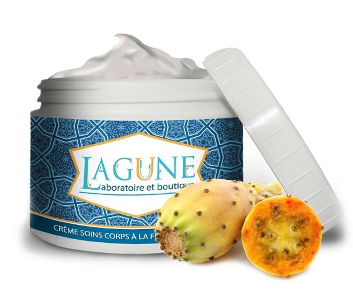 Lagune Питательный крем-уход для тела с вытяжкой из опунции для очень сухой и дряблой кожи 250 мл4627117800307Крем-уход с опунцией - это необходимый ежедневный уход за телом. Крем хорошо подтягивает и питает кожу, ускоряет регенерацию клеток. Масло Ши борется с сухостью и ощущением стянутости, а витамин Е оказывает мощный питательный эффект, улучшает общее состояние и тугор кожи. Согласно научным исследованиям международных лабораторий, плоды кактуса опунция содержат рекордное количество антиоксидантов, веществ, которые замедляют процессы старения кожи и работают над ее восстановлением. Входящая в состав крема вытяжка из опунции, оказывает воздействие на возрастные изменения: смягчает и питает, укрепляет ткани и придаёт им тонус, а высокое содержание растительных протеинов способствует профилактике появления и развития целлюлита. Крем обладает свежим, приятным, травянистым ароматом. При регулярном применении кожа становится гладкой, подтянутой и увлажненной.