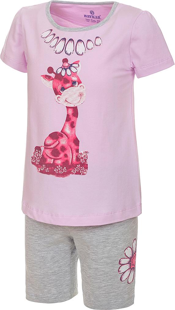 Пижама для девочки Baykar, цвет: лиловый, мультиколор. N9310216A-59. Размер 110/116N9310216A-59Пижама для девочки Baykar, выполненная из эластичного хлопка, идеально подойдет маленькой принцессе для сна и отдыха. Материал изделия мягкий, тактильно приятный, не сковывает движения, хорошо пропускает воздух. Пижама состоит из футболки с коротким рукавом и шортиков. Футболка с короткими рукавами и круглым вырезом горловины украшена ярким принтом.Шортики имеют на талии мягкую резинку, благодаря чему они не сдавливают животик ребенка и не сползают.Высокое качество исполнения и дизайн принесут удовольствие от покупки и подарят отличное настроение!
